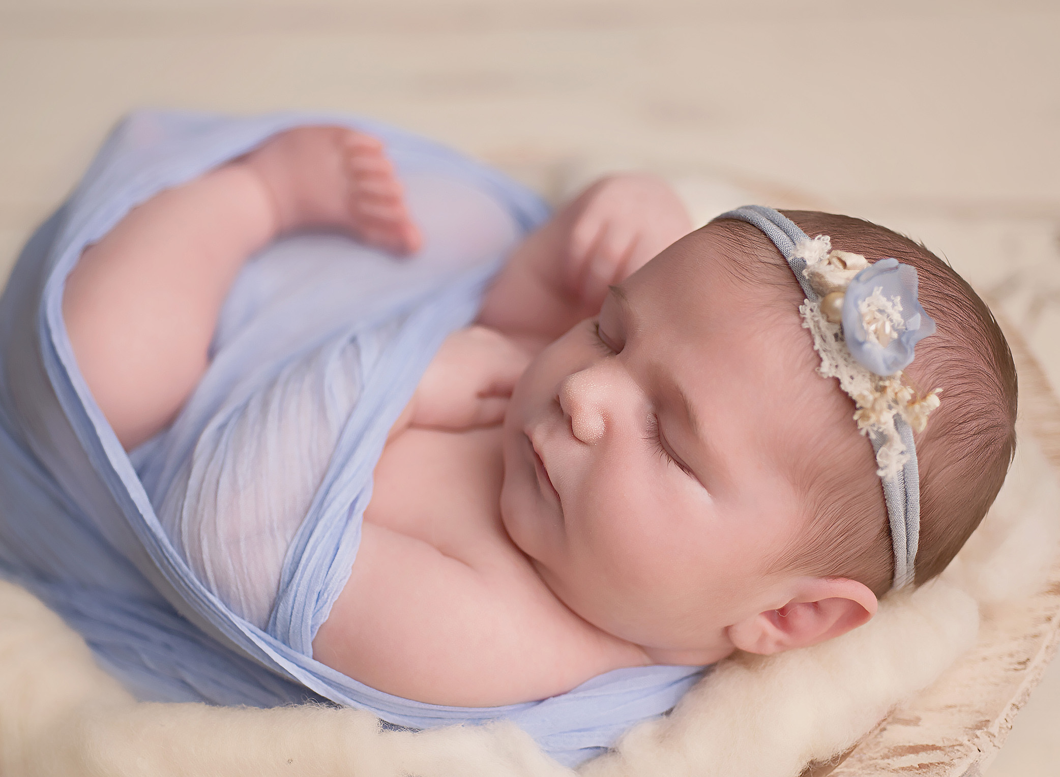 Newborn Mini Session, Buffalo NY,  Western NY, Ava