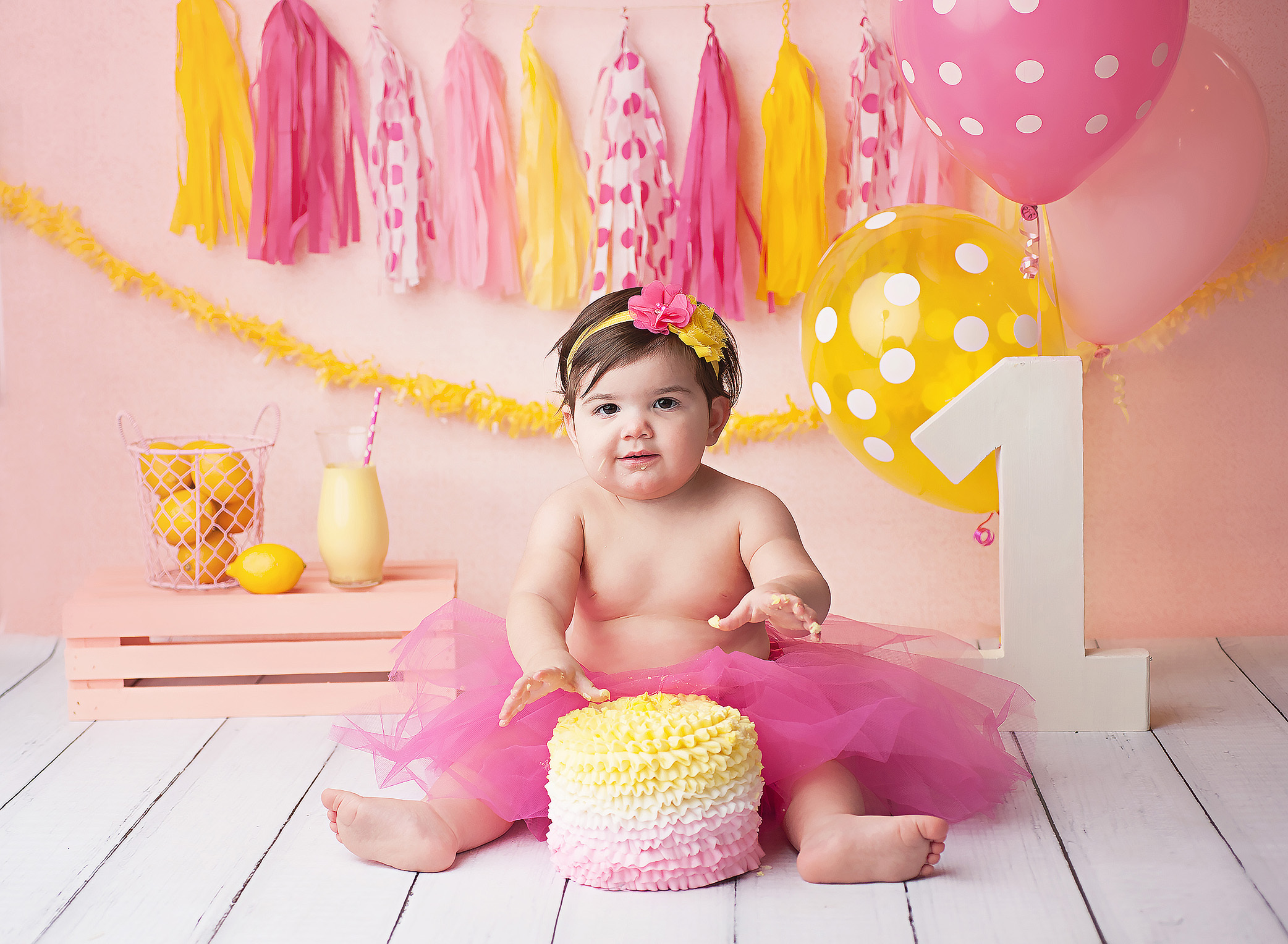 pink lemonade cake smash