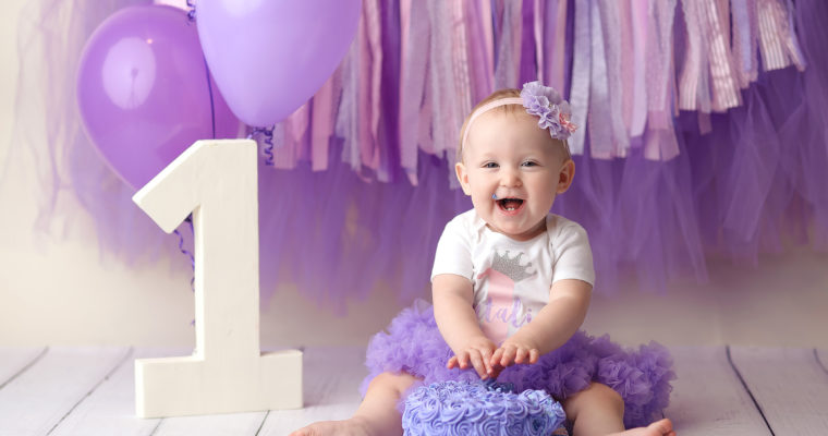 purple cake smash photo session
