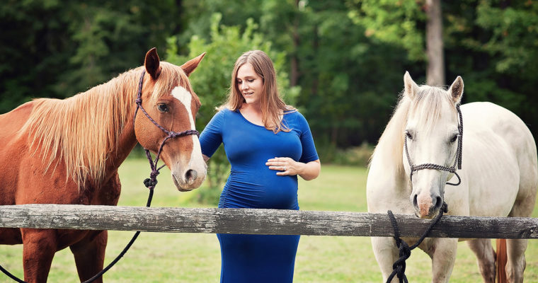Western NY Maternity Photo Session, Lucie and Josh