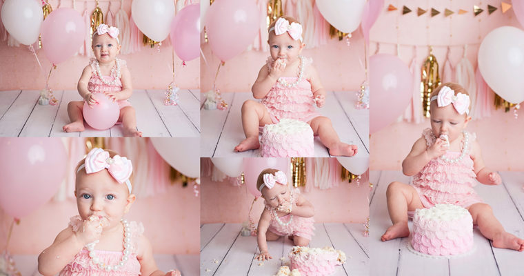 Booking your little ones First Birthday Photo Session
